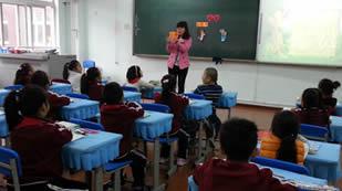 北京力迈中美学校学校课堂