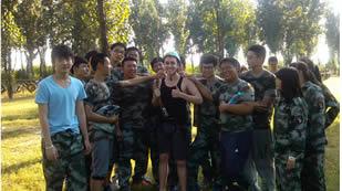 北京力邁中美學校學校軍訓