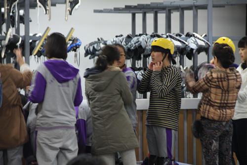 上海实验学校剑桥教育中心的溜冰体验活动