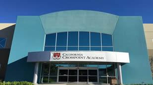 美国加州汇点高中环境