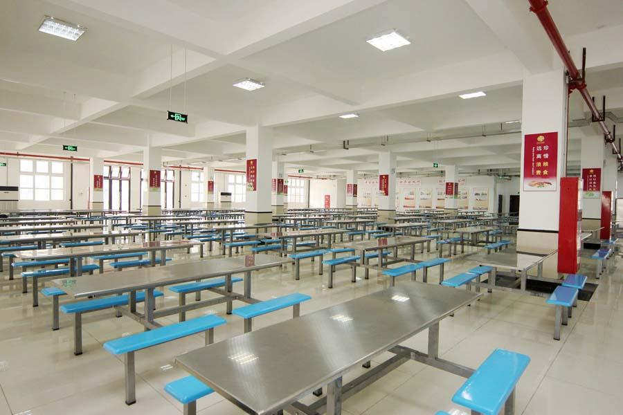 上海枫叶国际学校餐厅