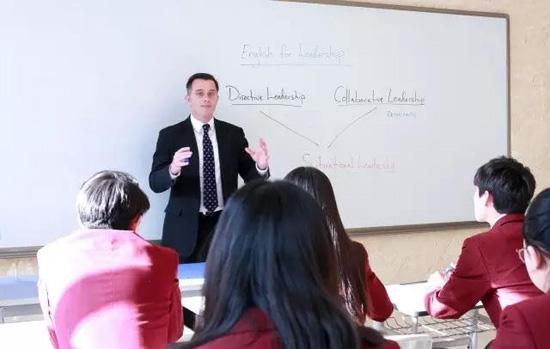 北京爱迪国际学校是不是全英文授课