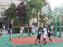 美中美育美国高中篮球场