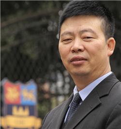牛津国际公学成都学校Charlie Peng 学校校长