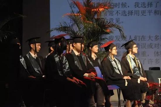 美国巴斯图高中上海校区毕业生