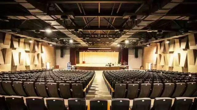 上海诺美学校表演厅