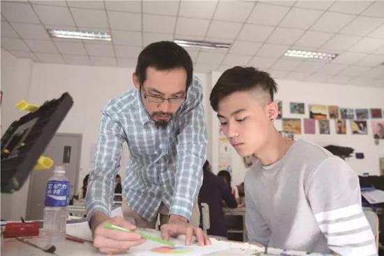 中加楓華國際高中課程特色