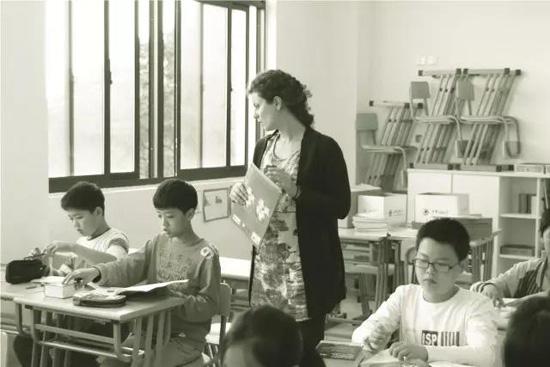中加枫华国际小学