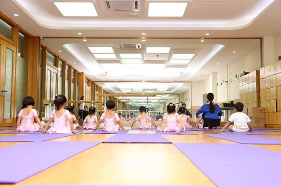 幼儿园舞蹈教室