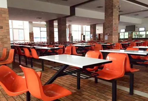 上海国王国际高中徐汇校区食堂