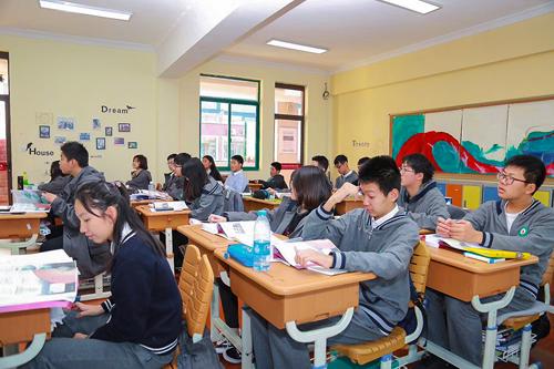 上海燎原双语学校国际部学生