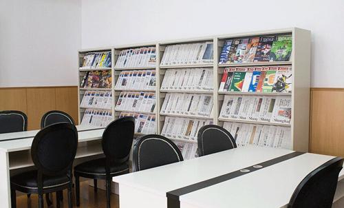 上海燎原双语学校阅览室