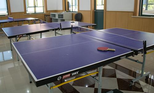 上海燎原双语学校乒乓球室
