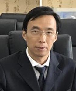 王耀:教务处主任