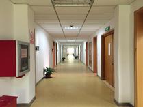 上海交通大学A Level国际课程中心教学楼走廊