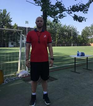 新亚中学国际部体育外教