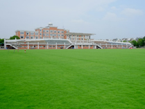 领科教育上海校区足球场
