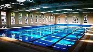 美国威睿达思美华校区室内游泳馆