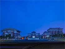 淮安嘉洋国际学校的夜景