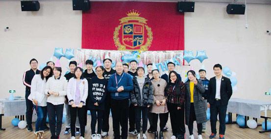 北京明诚外国语学校国际高中