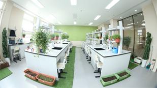 明诚黄石学院生物实验室