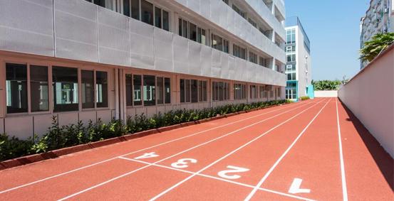 龙华诺德安达学校跑道