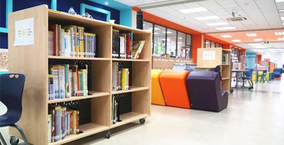 上海诺德安达双语学校图书馆