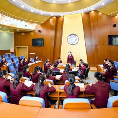 金苹果锦城第一中学国际特色课程初中课程招生简章