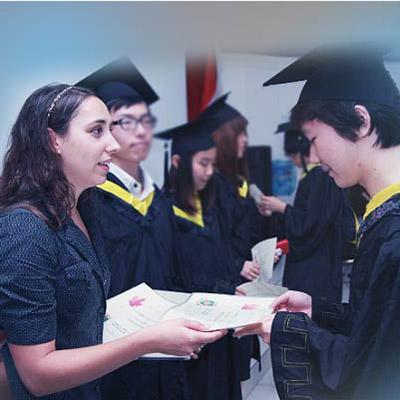 中加枫华国际高中加拿大高中BC课程招生简章